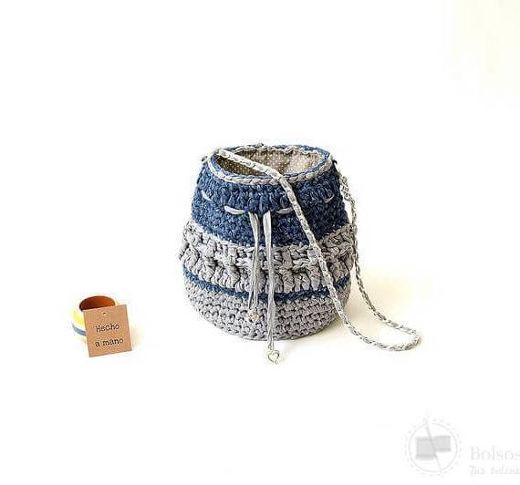 Bolso bombonera azul marino gris asa cadena hecho a mano